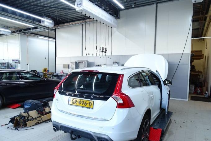 Totale elektrotechnische installatie voor Volvo Van der Wulp