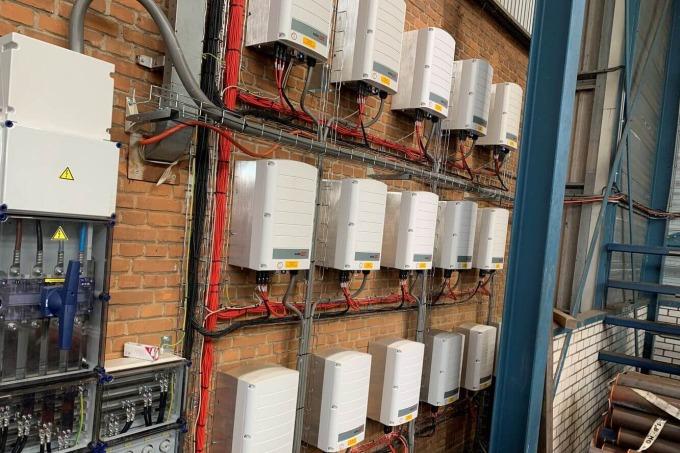 Zonnepanelen installatie voor De Heus Staal